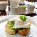 Poached Eggs Avo